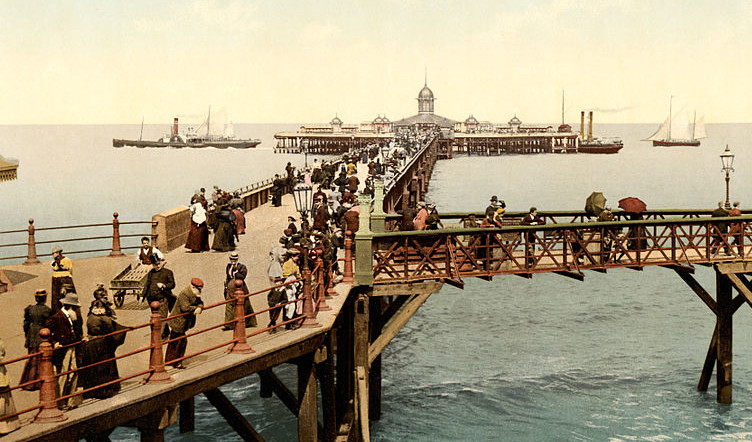 The_jetty,_Margate,_Kent,_England,_ca._1897
